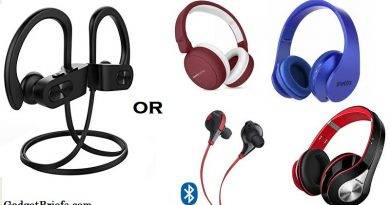Which is which Bluetooth or Headphones and Earphones for iphone