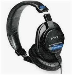 Sony MDR-7506 is Comfortable headphones for big ears
