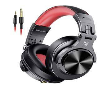 OneOdio A71 Headphones with a powerful base